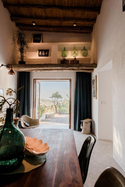 Ngồi nhà 200 tuổi trở thành khách sạn