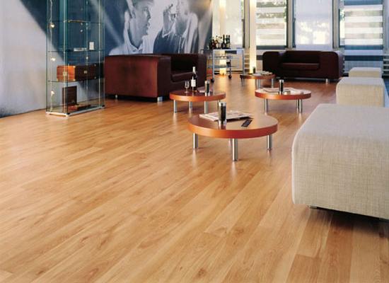 sàn gỗ công nghiệp chống trầy xước 2