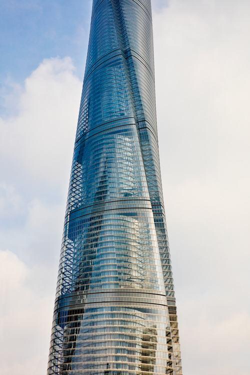 tháp thượng hải 4