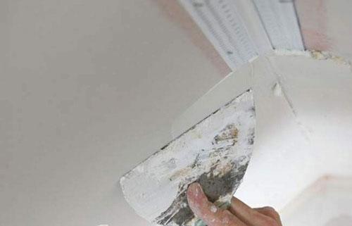 xử lý thạch cao bột trét tường 3