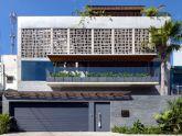 Biệt thự phố có bể bơi làm trung tâm