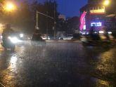 Hà Nội bất ngờ mưa to, nhiều nơi chìm trong biển nước