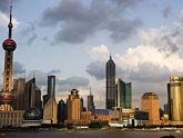 """Những tòa nhà chọc trời """"khủng"""" ở Dubai và Thượng Hải: Có nên học hỏi?"""