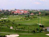 sân golf sát đường băng Tân Sơn Nhất