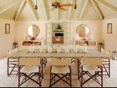 Thiết kế nội thất phòng ăn đáng yêu với bàn ghế bằng tre