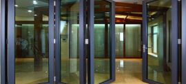 Cửa nhựa lõi thép và cửa nhôm - nên sử dụng cửa nào?