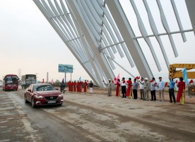 Quảng Ninh: Thông xe cửa ngõ tỉnh.